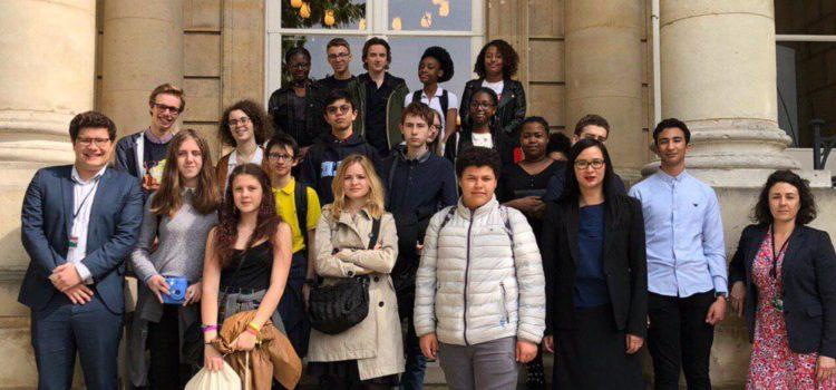 Visite de la classe de 3ème de la Cité Scolaire Maurice Ravel à l'Assemblée nationale